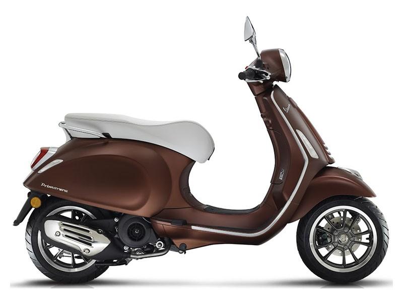 Vespa Primavera 150 iGet ABS – 50th Anniversary Brown
