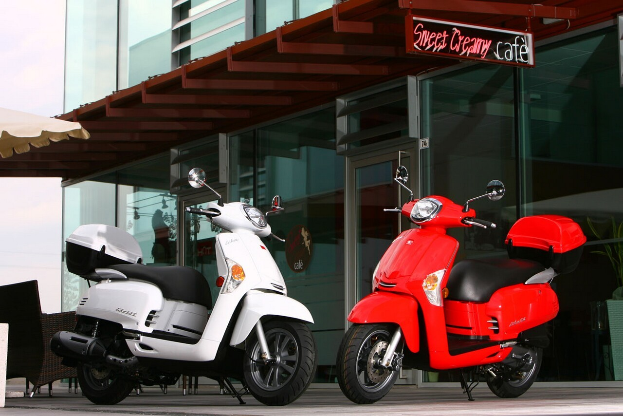 kymco like 125 scooter central your one stop scooter shop. Black Bedroom Furniture Sets. Home Design Ideas